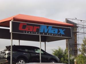 カニア ナイロビ 中古車販売